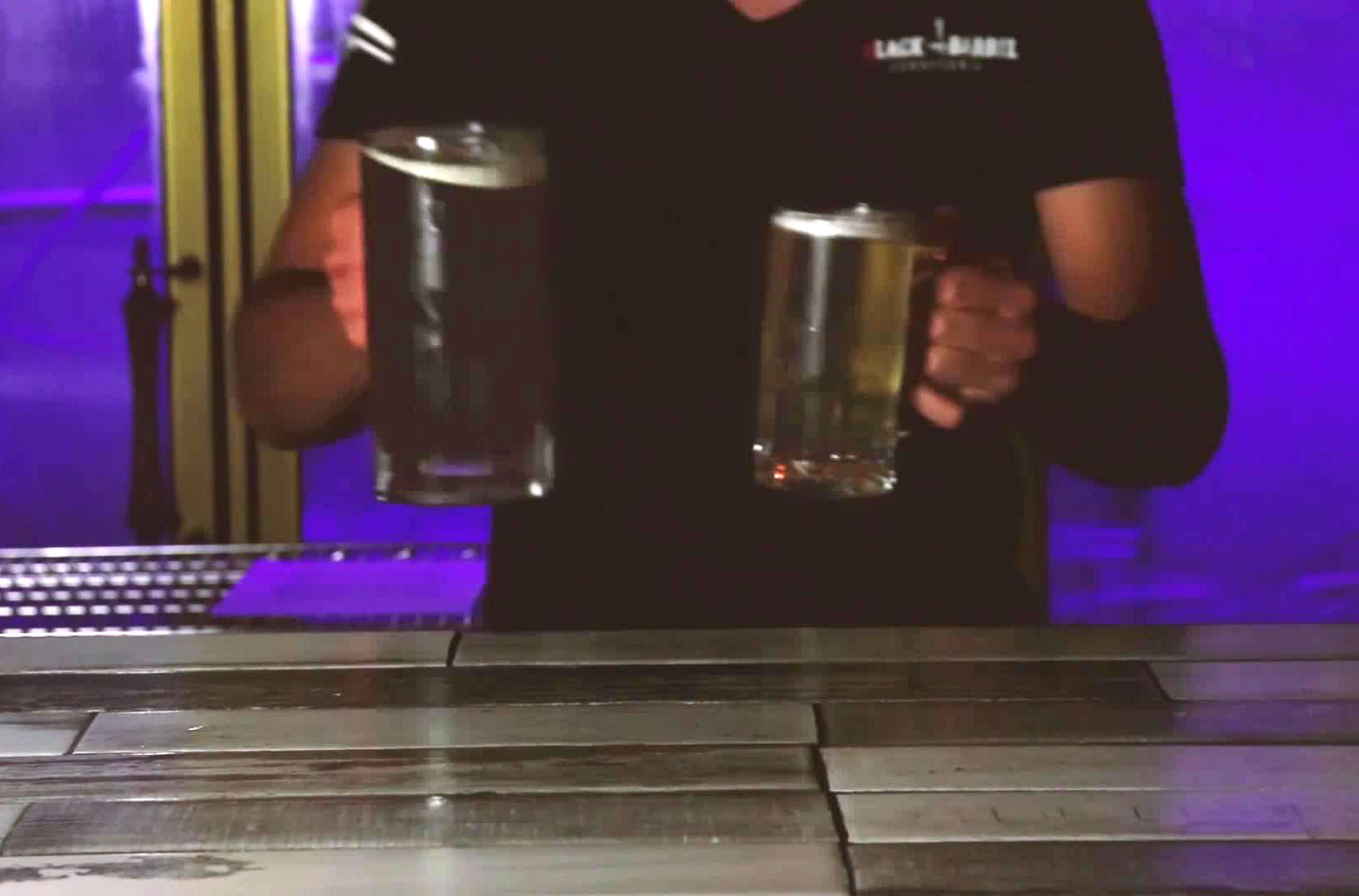 black barrel Cerveceria en Rosarito