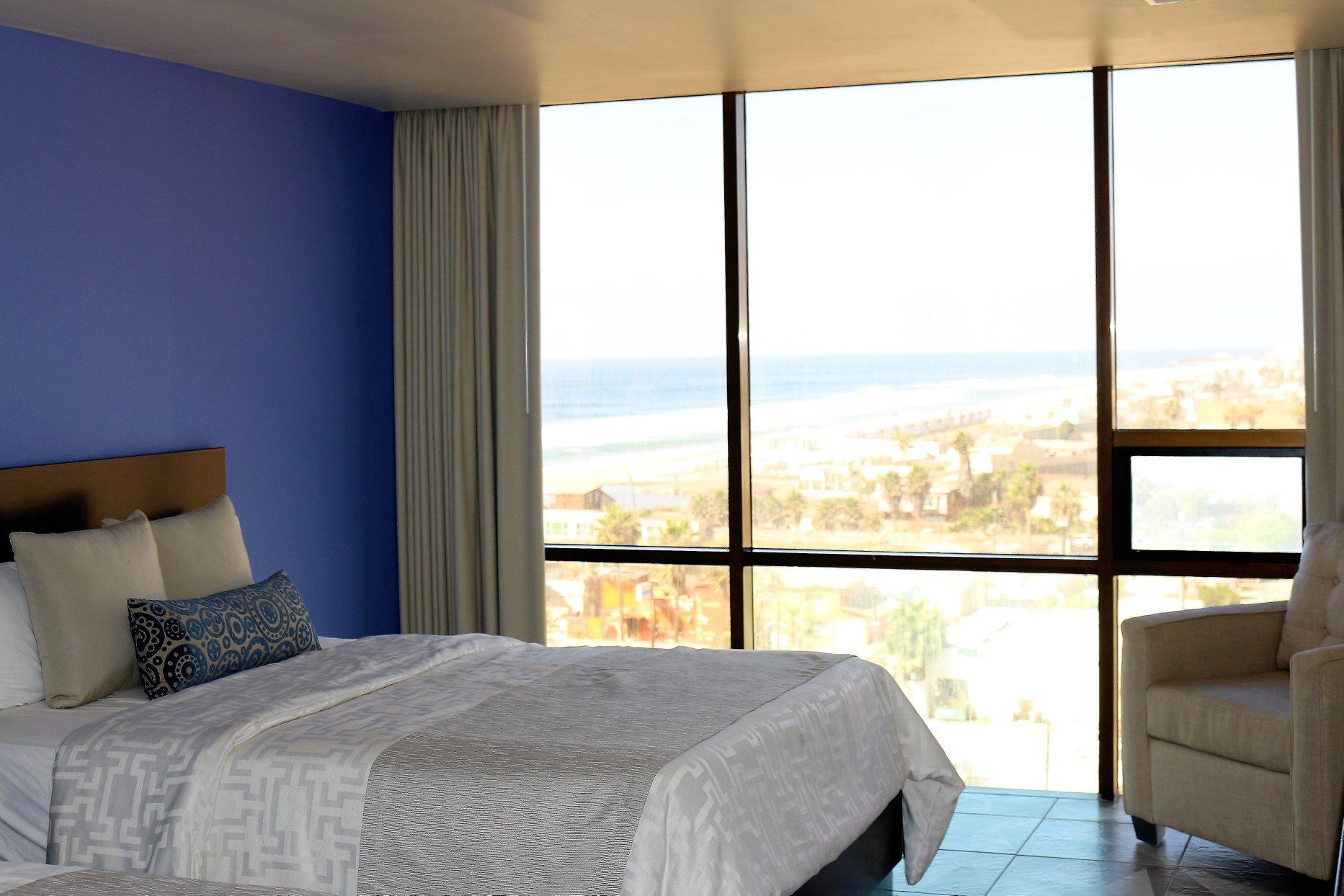 Hotel Corona en Rosarito habitacion con vista al mar