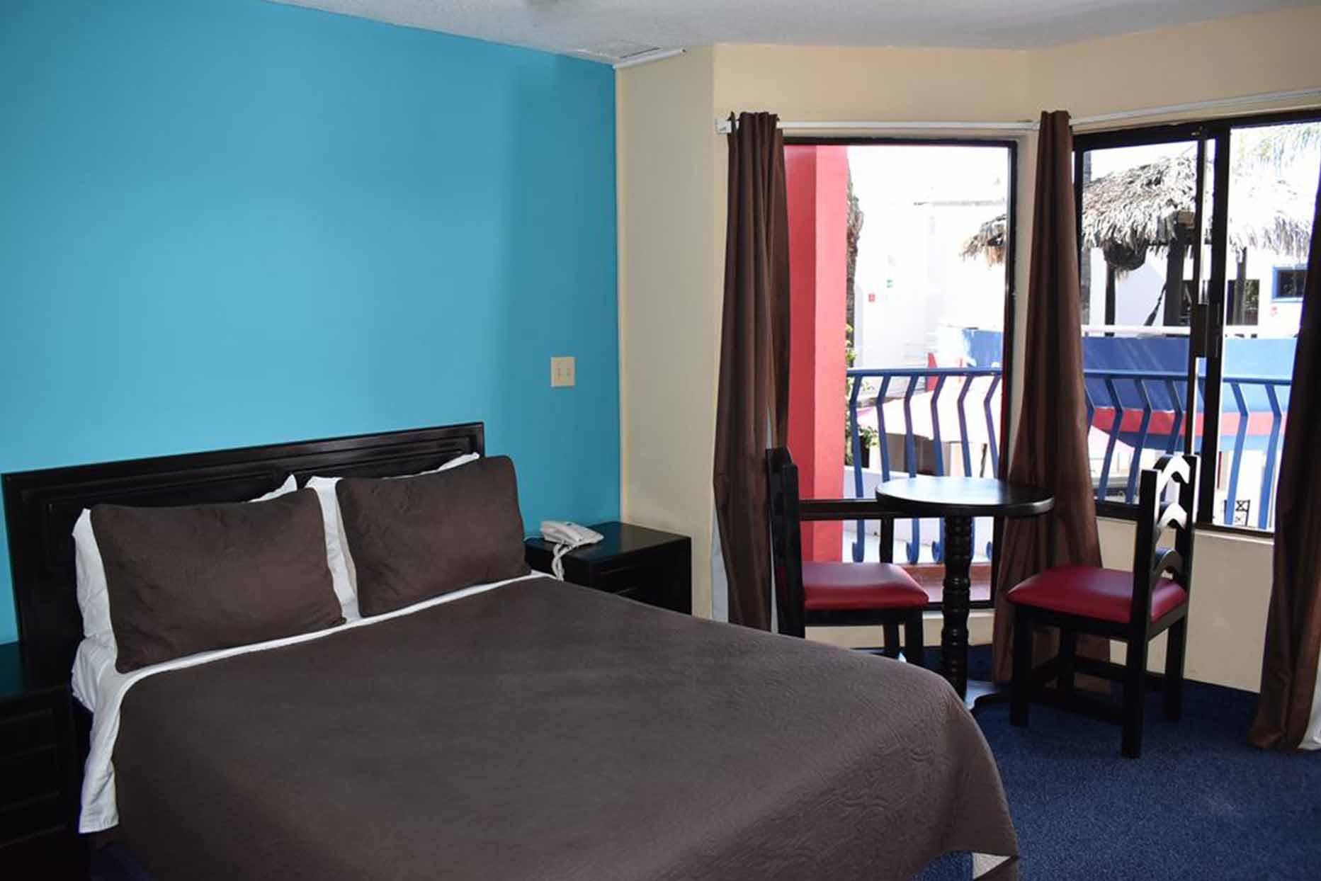 Hotel Mediterraneo habitacion